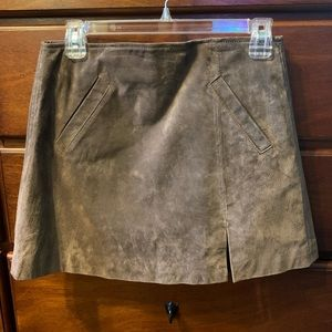 Blank NYC leather taupe suede mini slit skirt 26